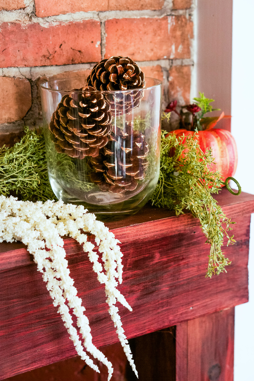 How to Decorate Your Mantle for Autumn | Gilded Pinecones