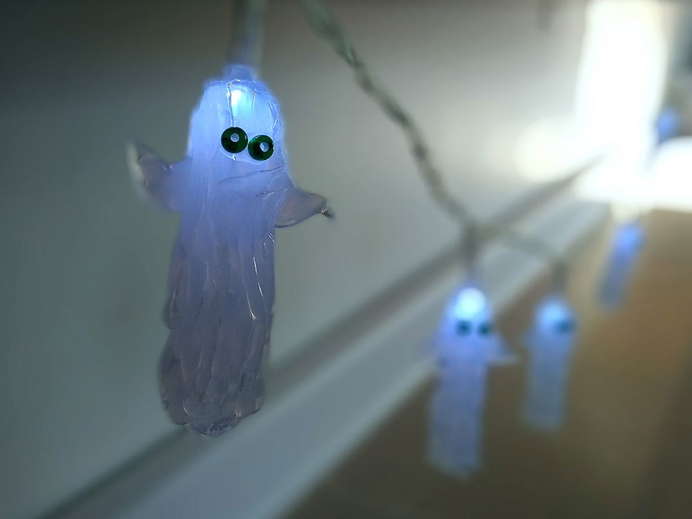 Grab your AdTech glue gun and make these adorable Halloween ghosts lights! Visit the AdTech blog to learn how to make your own hot glue stick ghost lights - plus many more amazing projects! #hotglue #gluegun #gluesticks #halloweencrafts #halloween #ghosts #adtech #thisishotglue #thestudio
