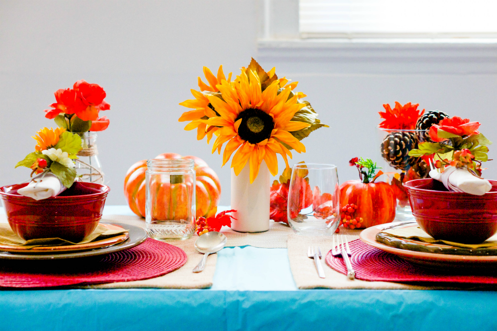 How to Set a Fall Harvest Table (for Thanksgiving or for Fun!)